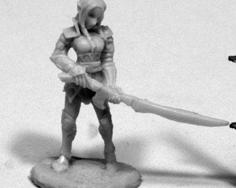 Fiara, Elf Heroine - 77409 - Reaper Miniatures