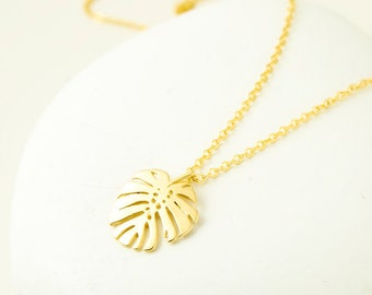 Monstera Necklace Gold Monstera Leaf Necklace Botanical Jewelry Minimalist Necklace Tropical Leaf Charm Necklace Birthday Gift For Her