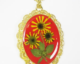 Sunshine in Real Flowers, Pressed Flower Pendant, Real Flower Necklace,  Resin (1951)