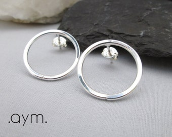 sterling silver circle earrings, silver circle studs, simple everyday post earrings, modern minimalist, gift for her, wife, girlfriend, mom
