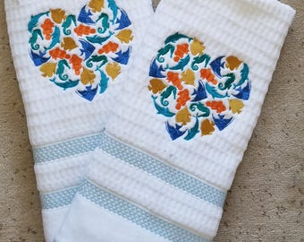 Heart of Fish Bath Hand Towel