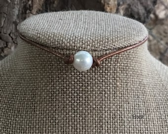 Leather Pearl Choker, Leather Pearl Necklace, June Birthstone, Women boho necklace, Mother's Day Gift, Bridesmaid Gift