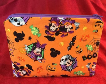 Mickey and Minnie Mouse halloween zip pouch