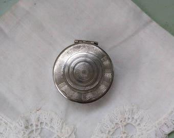 Small compact mirror Art Deco Cheramy 1930 French guilloche silver colored metal