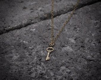 Key necklace, Gold  necklace ,Tiny  gold Key charm necklace, goldfilled necklace, dainty necklace, tiny necklace, everyday necklace.