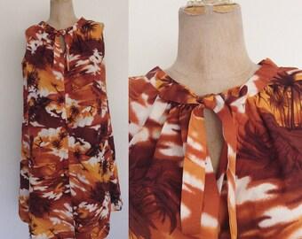 1970's Sunset Surfer Print Tent Dress Ascot Bow Size Large XL by Maeberry Vintage