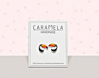 Toucan bird stud earrings Bird stud earrings Tropical bird earrings bird earrings post earrings Gift Idea For Her