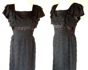 Vintage 60s Black Layered Lace Dress. Medium