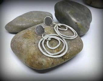 Organic Circles - Sterling Silver Kinetic Post Earrings