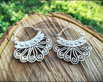 Silver Earrings. Tribal, gypsy earrings, ethnic earrings, Boho earrings, tribal jewellery, India, belly dance jewelry. Tribal earrings