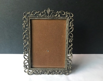 Ornate Metal Picture Frame with Intricate Detailing - Vintage 5x7 Photo Frame