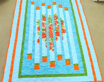 Daisy Quilt. lap size blanket. blue orange flowers floral throw