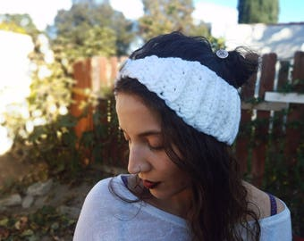 Crochet headband| White knit headband| Crochet ear warmer| Winter headband| Handmade gift for her| Made to order earwarmer