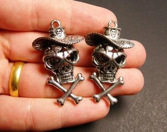 Skull charm 2 pcs - 45mm by 26mm - hypoallergenic- 3D cowboy skull pendant