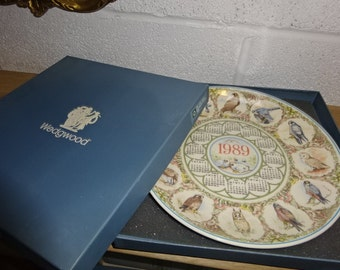 Vintage Wedgwood 1989 Calender Plate/Queensware/Decorative Plate/Collectible
