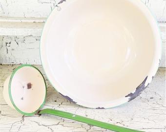 Cream and Green Enamel Pan, Wash Basin or Vegetable Pan, Vintage Enamel Round Pan with Green Trim