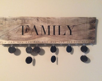 Family Birthday Calendar (Pallet Wood)