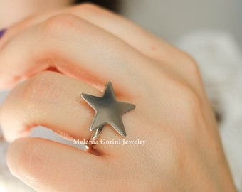STAR ring - 925 sterling silver ring with star shape - star stackable ring - stacking ring - made in Italy - adjustable size