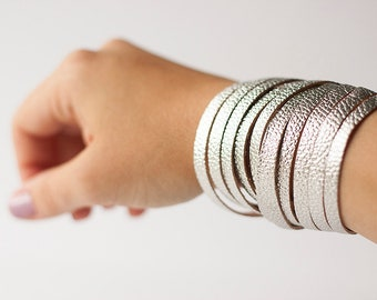 Leather Bracelet / Original Sliced Wrap Cuff / Liquid Silver