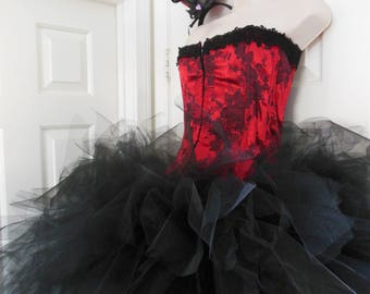 Saloon Girl Costume XL