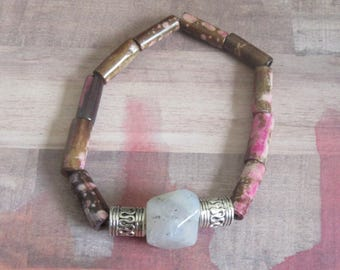 Smokey Agate Focal Bead Stretch Beaded Bracelet with Funky Tube Shaped Beads