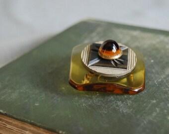 Vintage Button Brooch Applejuice Bakelite Vintage Button Jewelry