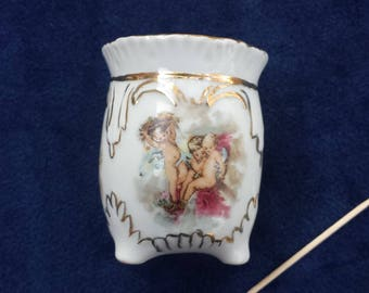 Porcelain Toothpick Holder With A Trio Of Cherubs White With Metallic Gold Trim