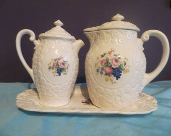 vintage 5 peice hand painted japan two pitchers with platter tea set porcelin pottery