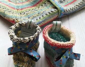 Handknit slippers for boy size 0-3 months-Boy slippers-boy booties-baby slippers-birth gift