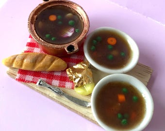 Dolls House 12th scale miniature food - Beef stew