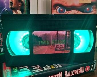Twin Peaks VHS Night Light, Film, TV Series - Boys, Girls, Kids, Horror Movie, Movie Time, Netflix, Movie, Desk Lamp, Battery Operated