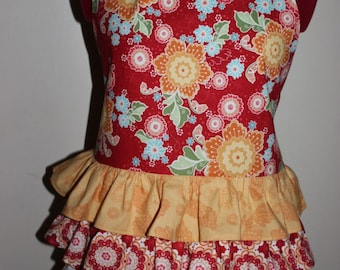 Beautiful Red and Yellow Floral Ruffled Apron.  Entertaining, Cooking