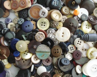 Button Grab Bag - Mixed Plastic Buttons - 800 Button Grab Bag - Vintage Mixed Buttons - Brown White Buttons - 800 Craft Buttons