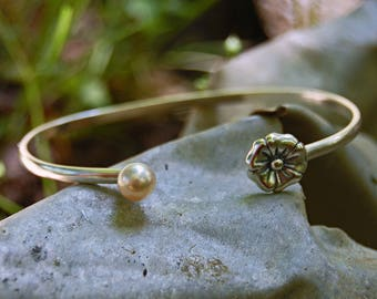 April - Pearl Sterling Silver Cuff Bracelet, freshwater pearl bracelet, sterling silver cuff, June birthstone jewelry, pearl youth jewelry