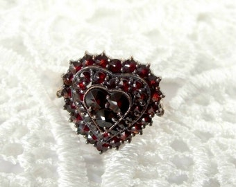 Impressive Bohemian three layers garnet heart ring || ГРАНАТ 817