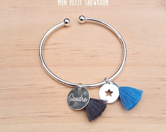 Personalized Bracelet, adjustable Bangle and engraved medallion and sterling silver charm