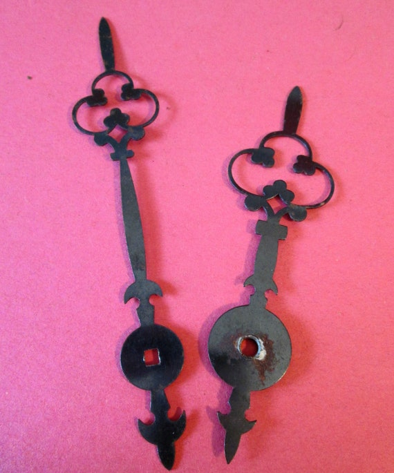 """1 Super Large 6"""" and 5"""" Vintage Steel Clover Design Grandfather Clock Hands for your Clock Projects - Steampunk Art"""