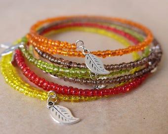Friut juice memory wire seed bead bracelet, bright minimal bracelet with leaf charms