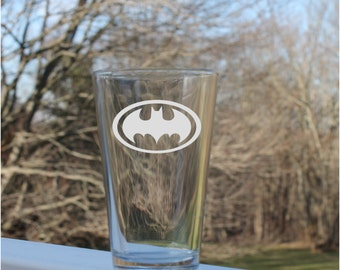 Superhero Pint Glass, 10 styles - 16oz, Glass, Etched Pint Glass, Engraved Glassware Pilsner