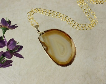 Brown Agate Pendant, Agate Necklace, Crystal Agate Slice, Agate Slice, Gold Plated Agate, APS68
