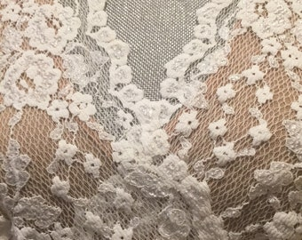 Beautiful, excellent quality soft lace, romantic, emo, goth kei top