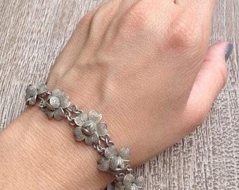 Vintage Silver Flower Bracelet Filigree