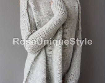 Oversized Handmade Chunky knit woman sweater. Slouchy/Bulky/Loose knit sweater.Light grey sweater. Made to order.