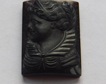 Unique Onyx Cameo of a Victorian Woman