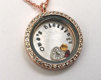 OMA'S BLESSINGS - Rose Gold Edge or Custom Floating Charm Locket - Memory Locket - Custom Hand Stamped Gift for Oma