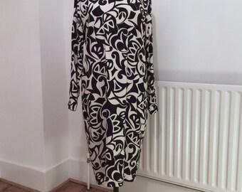 Vintage Liz Claiborne womens dress - navy and cream - long sleeve