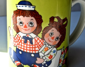 Vintage Raggedy Ann and Andy Music box Mug
