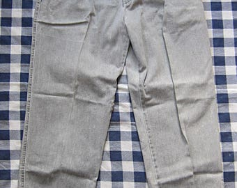 35 Waist x 30 Inseam Dockers Gray Pleated Twill Pants / Trousers, Creased, 80s, Pale Grey