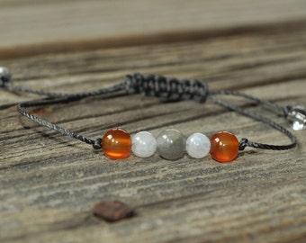 Labradorite, Moonstone, Carnelian, Crystal Healing, Yoga Bracelet, Meditation Bracelet, Chakra Bracelet, Happiness, Courage