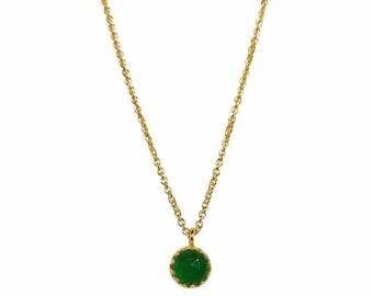 Emerald Green Quartz Gemstone Pendant Necklace